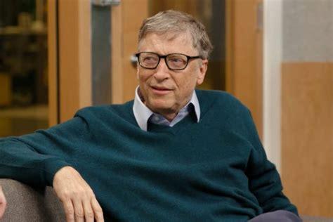 The Microsoft Founder: Bill Gates Net Worth of $92B - Stemjar