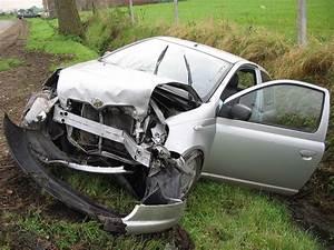 Voiture Accidenté : accident de la route en france wikip dia ~ Gottalentnigeria.com Avis de Voitures