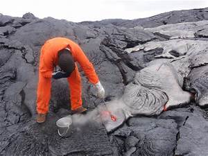 Breakouts Remain Active on Kilauea Volcano's Kahaualeʻa 2 ...