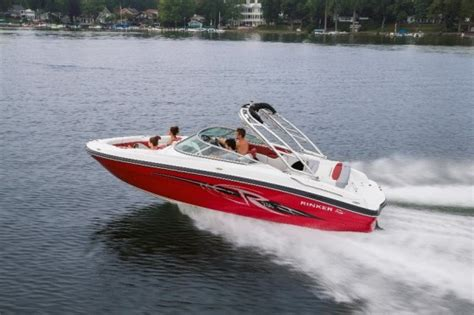 American Bowrider Boat Brands by Rinker Captiva 236 Br Bowrider For Family Boats