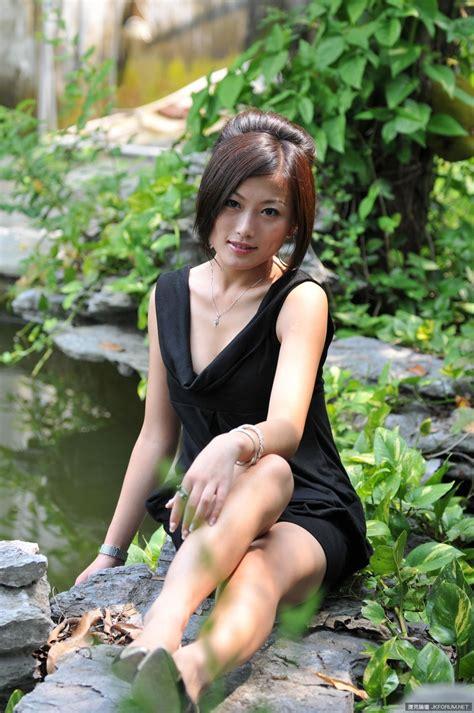 戴娜dana Outdoors Naked Set Private Chinese Model