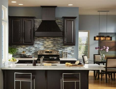 Decorating Ideas For Black Kitchen Cabinets by Black Kitchen Cabinet Ideas For The Chic Cook