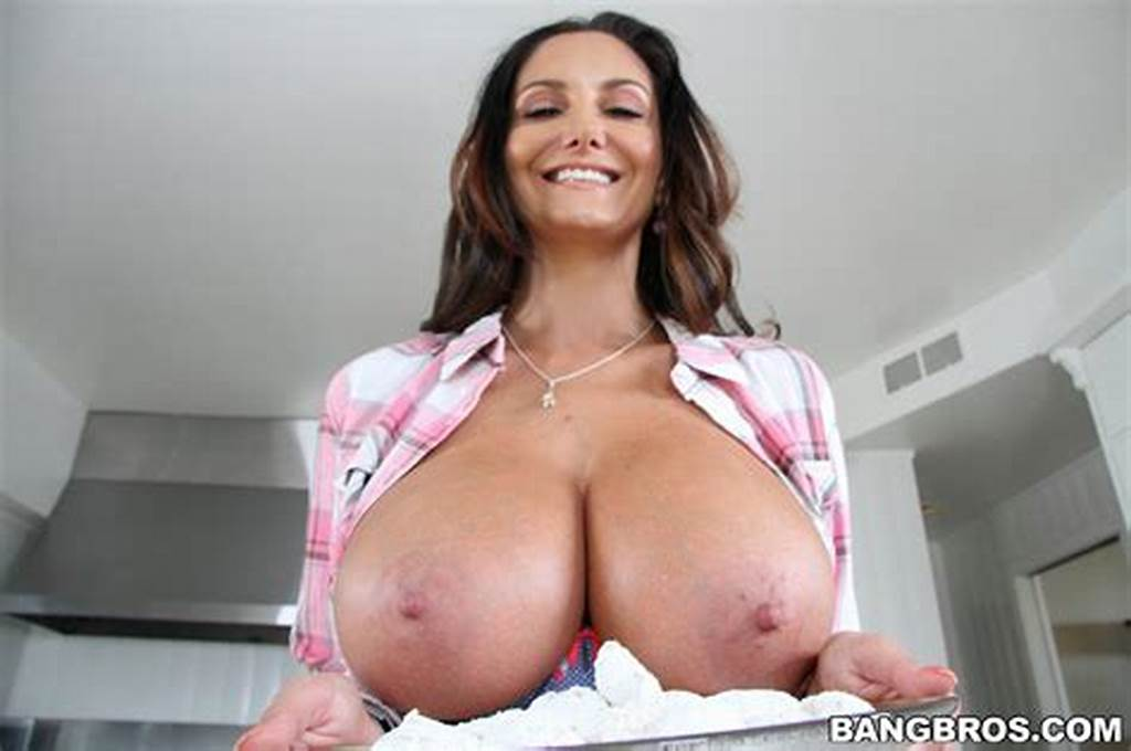 #Ava #Addams #Posing #For #Your #Pleasure #In #The #Kitchen