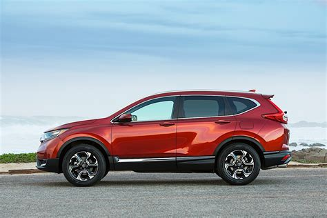 On the lot, you will find a wide selection of new honda models, including our fl flagship passenger car models like the accord and civic; HONDA CR-V specs & photos - 2016, 2017, 2018, 2019 ...