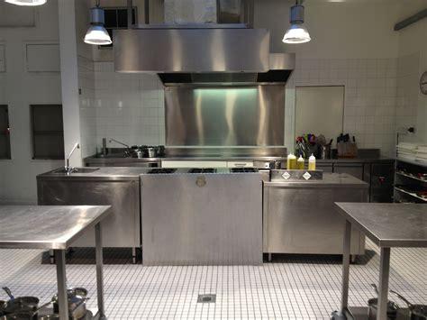 l atelier de cuisine prendre des cours de cuisine à londres avec l 39 atelier des