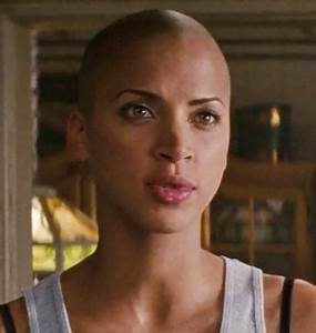 Noémie Lenoir in 'Rush Hour 3' | shaved characters ...