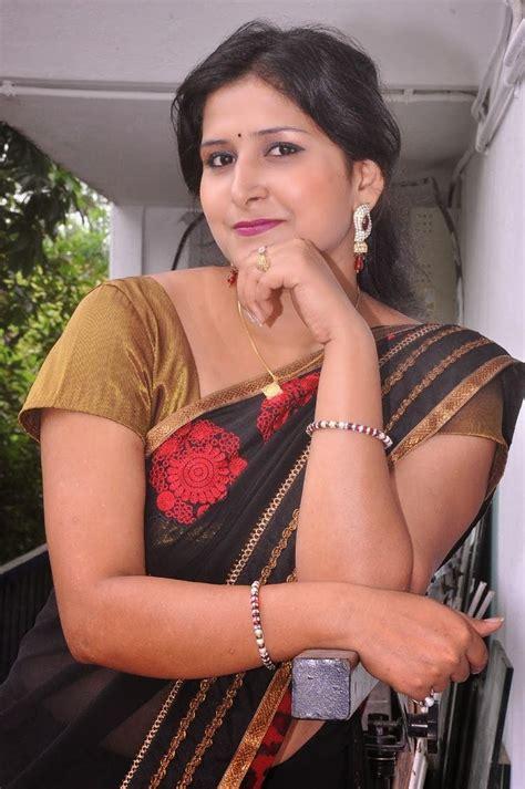 Mallu Aunty Hot Navel Show Hd Photos In Sareemallu Navel