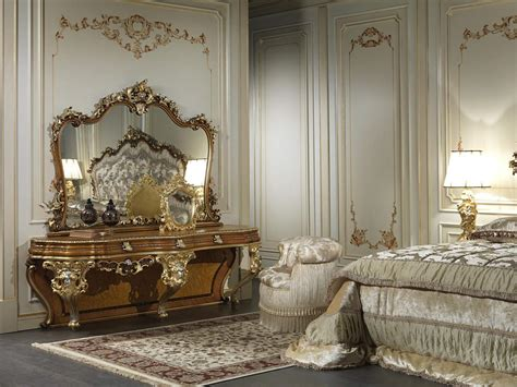 decoration chambre baroque a mirror in baroque style for rooms of luxury