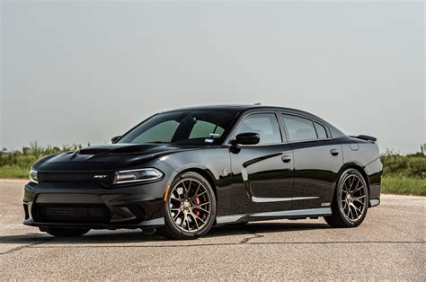 hellcat charger hennessey 39 s 852 hp dodge charger hellcat attacks dyno