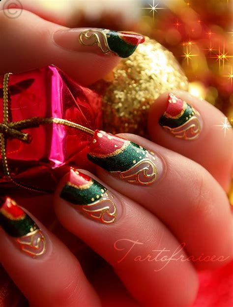 cool christmas designs 25 cool christmas nail designs hative