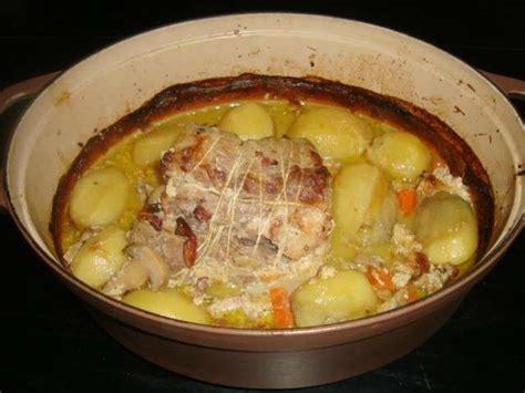 cuisiner un roti de porc recettes de rôti de porc et légumes 2