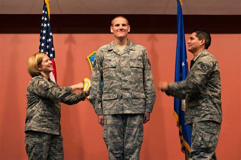 air force taps  senior airmen  promotion  staff