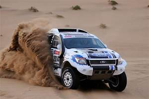 Ford Ranger 2014 : ford makes dakar rally debut with two ranger pick ups ~ Melissatoandfro.com Idées de Décoration