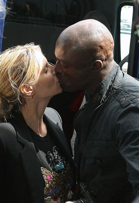 Photo Heidi Klum And Seal Kiss — See The Romantic Pic