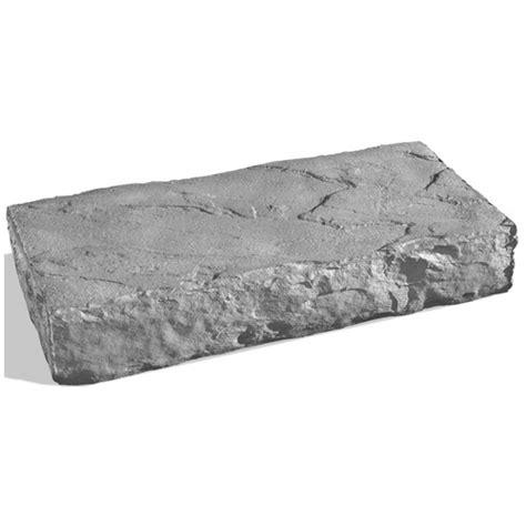 quot danforth quot concrete step grey batisc 16 x 32 quot rona