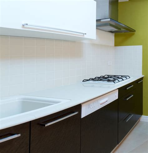 Types Of Solid Surface Countertops by Buyer S Guide To Solid Surface Countertops Arrow