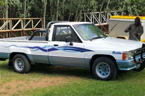 1997 toyota hilux hips cars for sale in gauteng r 55 000 on auto mart