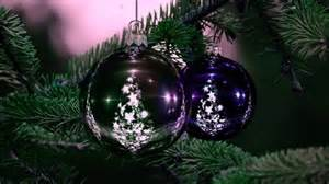beautiful christmas tree ornaments wallpaper celebrations hd wallpapers hdwallpapers net