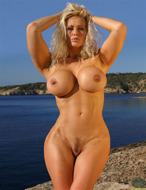 Nackt  Anna Gunn 41 Sexiest