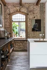 Exposed, Brick, Walls, In, A, Modernized, Interior