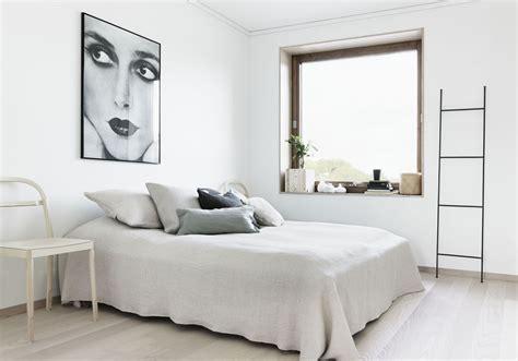 d馗oration chambre blanche une chambre blanche à la déco épurée la chambre blanche en 20 façons décoration