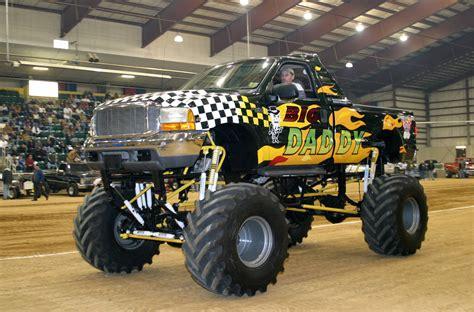 videos de monster trucks imágenes de monster truck camión monstruo lista de carros