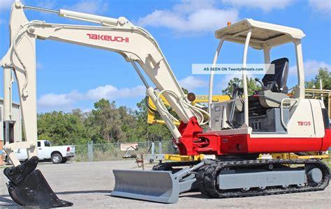 takeuchi tb excavator  lbs digsft quick coupler plumbed  bucket