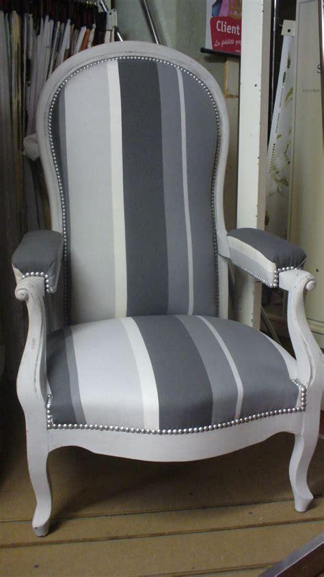 rideau cuisine design étourdissant fauteuil voltaire moderne avec relooking de