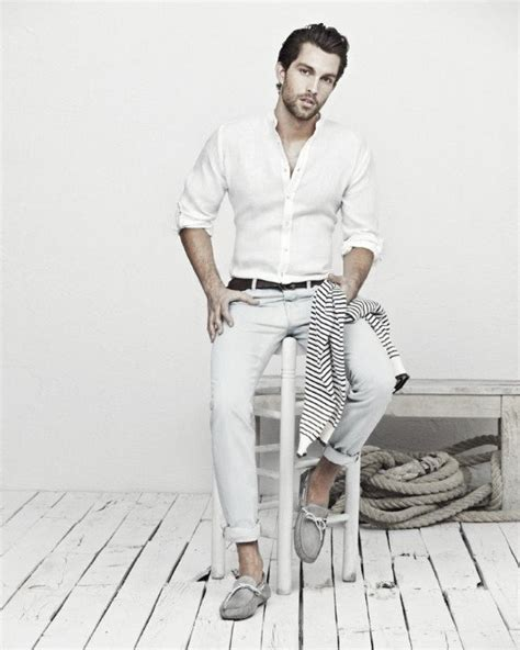 How To Wear Boat Shoes For Men - 50 Stylish Outfit Ideas