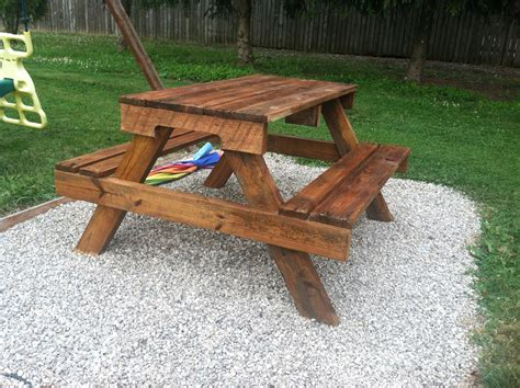 diy kids picnic table  pallet wood diy  needles  nails