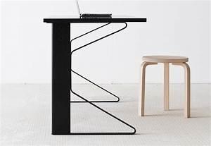 Schreibtisch Position Im Raum : kaari schreibtisch von artek stylepark ~ Bigdaddyawards.com Haus und Dekorationen