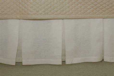 Box Pleat Bed Skirt by Gish Linen Box Pleat Bed Skirt