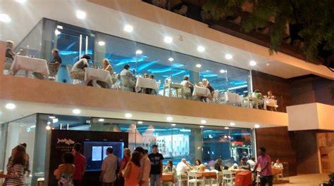 gastronomy restaurant cosmopolitan cool  cabanas