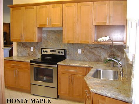 honey shaker kitchen cabinets h g kitchen cabinets and bath shaker style cabinets 4325