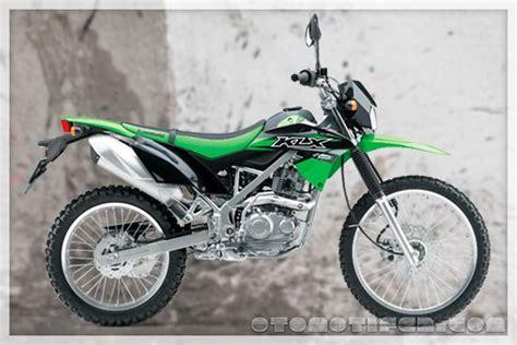 Kawasaki Klx 150 2019 by Harga Klx 150 2019 Spesifikasi Warna Terbaru Otomotifer