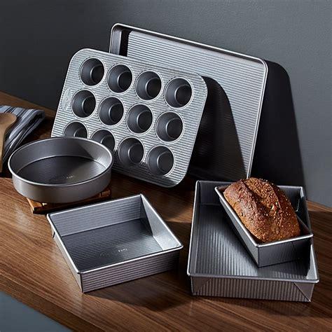 usa pan pro   piece bakeware set reviews crate