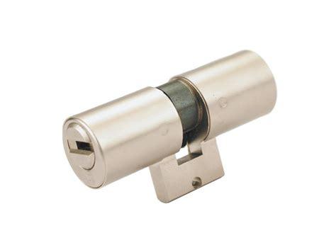 "Cylinder For ""bricard"" Type Locks"