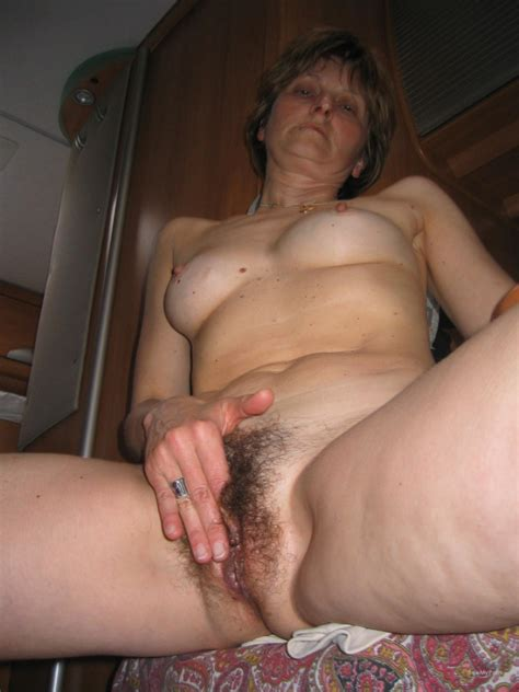Mature Hairy Pussy Woman Spreading Her Labia Pussy Lips Original Pic