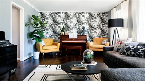 Black And White Wallpapers To Help You Finish Decorating Country Modern Living Room 2 Tone Walls Counter Between Kitchen And Live Chat Single Fireplace In Ideas Accent Pieces For Table Centerpieces Wall Color Combinations