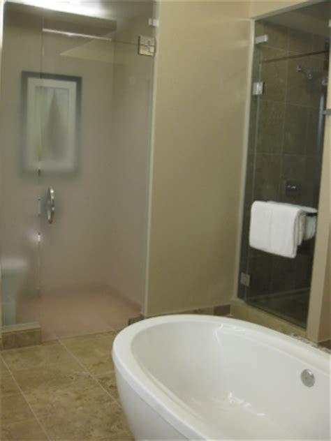 aria resort corner suite  sky suite loyalty traveler