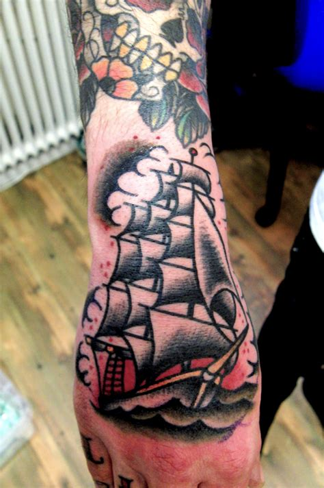 school ship hand tattoo  kalle swahili bobs