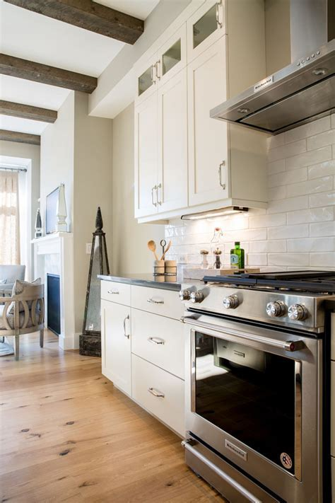 Category: Small Space Design   Home Bunch Interior Design