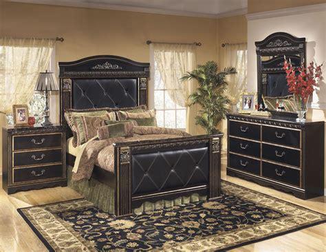 Mansion Bedroom Furniture by Coal Creek Mansion Bedroom Set From B175