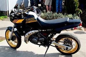 Yamaha Tdr 250 : yamaha tdr 250 photos informations articles bikes ~ Medecine-chirurgie-esthetiques.com Avis de Voitures