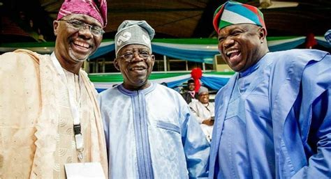 He needed time to tinubu deserves more than what buhari is offering. Tinubu, Ambode, Sanwo-Olu meet at APC convention - QED.NG