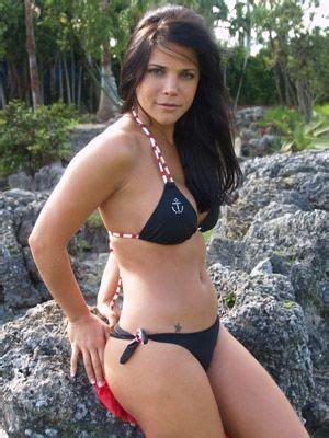 latin divas  bikini jullye giliberti