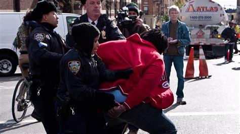 People Resisting Arrest - Best Compilation Video 2020 ...