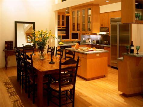 cheerful kitchen  dining room decor  ideas