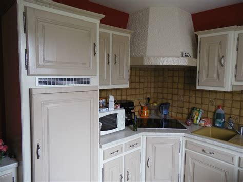 relooker une cuisine ancienne repeindre cuisine en gris cuisine relook e patin cours