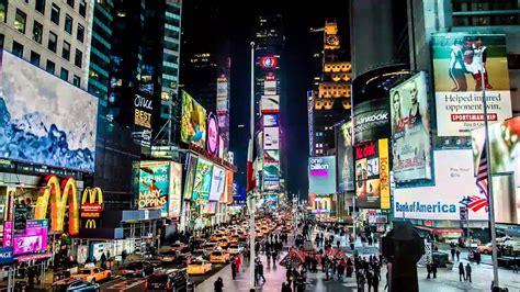 times square  york   famous entertainment
